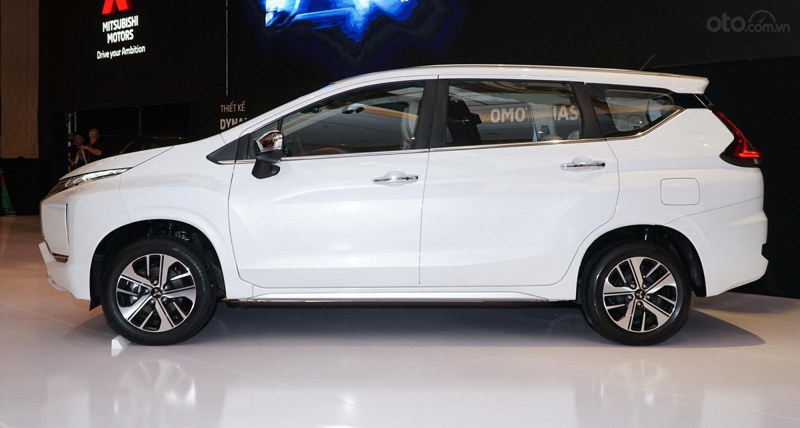 Mitsubishi Xpander AT đời 2019, màu trắng, nhập khẩu nguyên chiếc, giá chỉ 620 triệu (2)