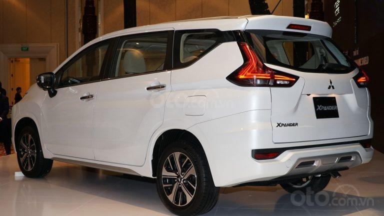 Mitsubishi Xpander AT đời 2019, màu trắng, nhập khẩu nguyên chiếc, giá chỉ 620 triệu (3)
