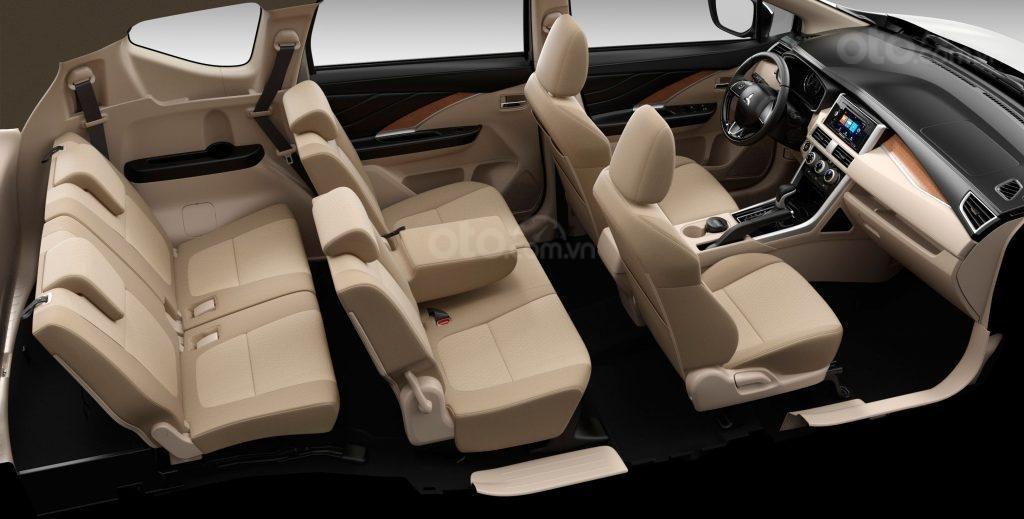 Mitsubishi Xpander AT đời 2019, màu trắng, nhập khẩu nguyên chiếc, giá chỉ 620 triệu (4)