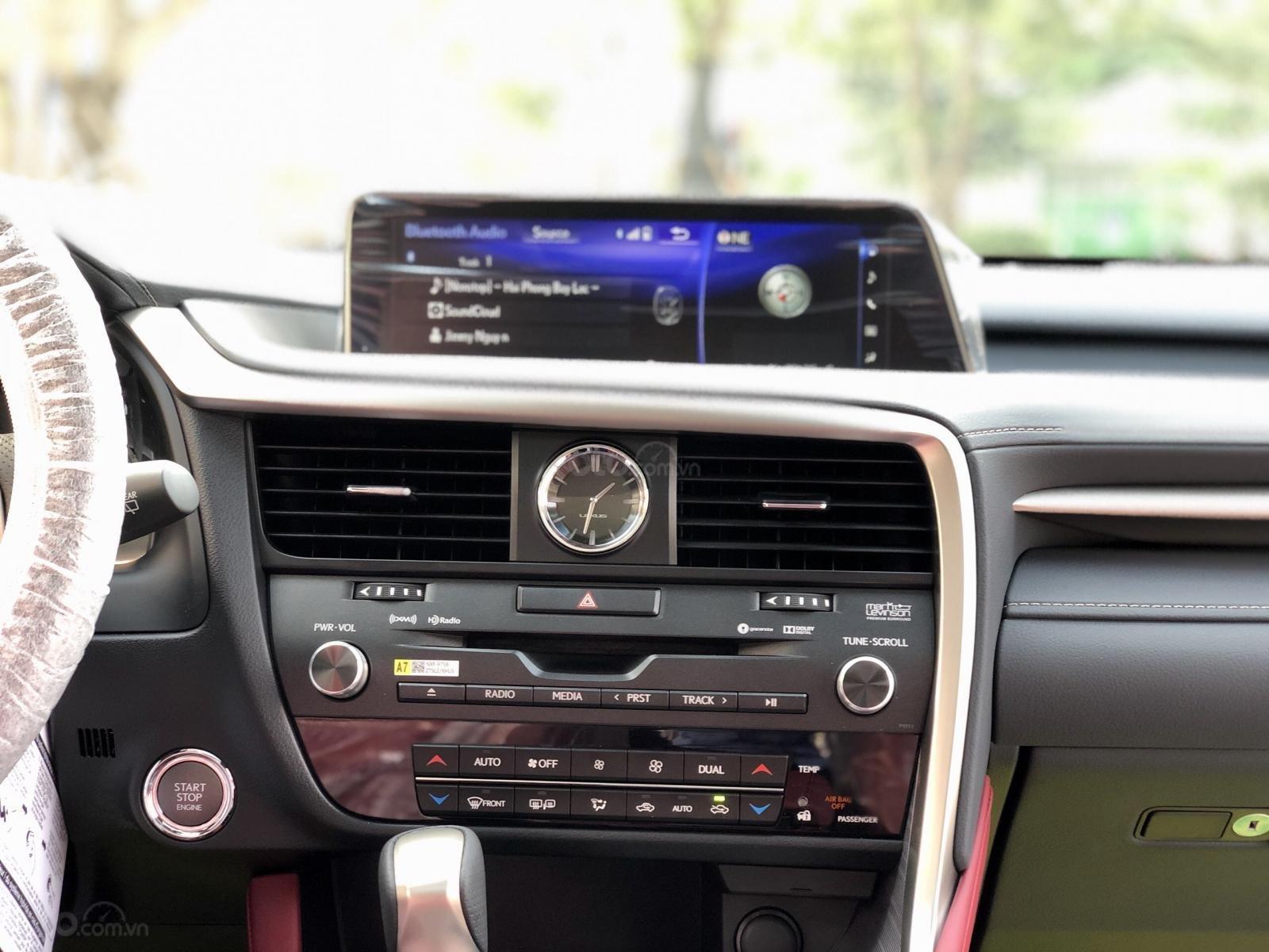 Bán xe Lexus RX350 Fsport 2019 màu trắng, mới 100% nhậP Mỹ. Trả trước 1 tỷ, bank hỗ trợ 80%. Em Lộc: 093.798.2266 (19)