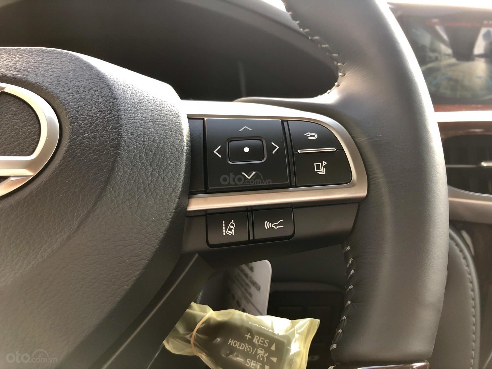 Bán Lexus LX 570S Super Sport model 2020, xe mới giao ngay toàn quốc, giá tốt LH: 093.996.2368 Ms Ngọc Vy (15)