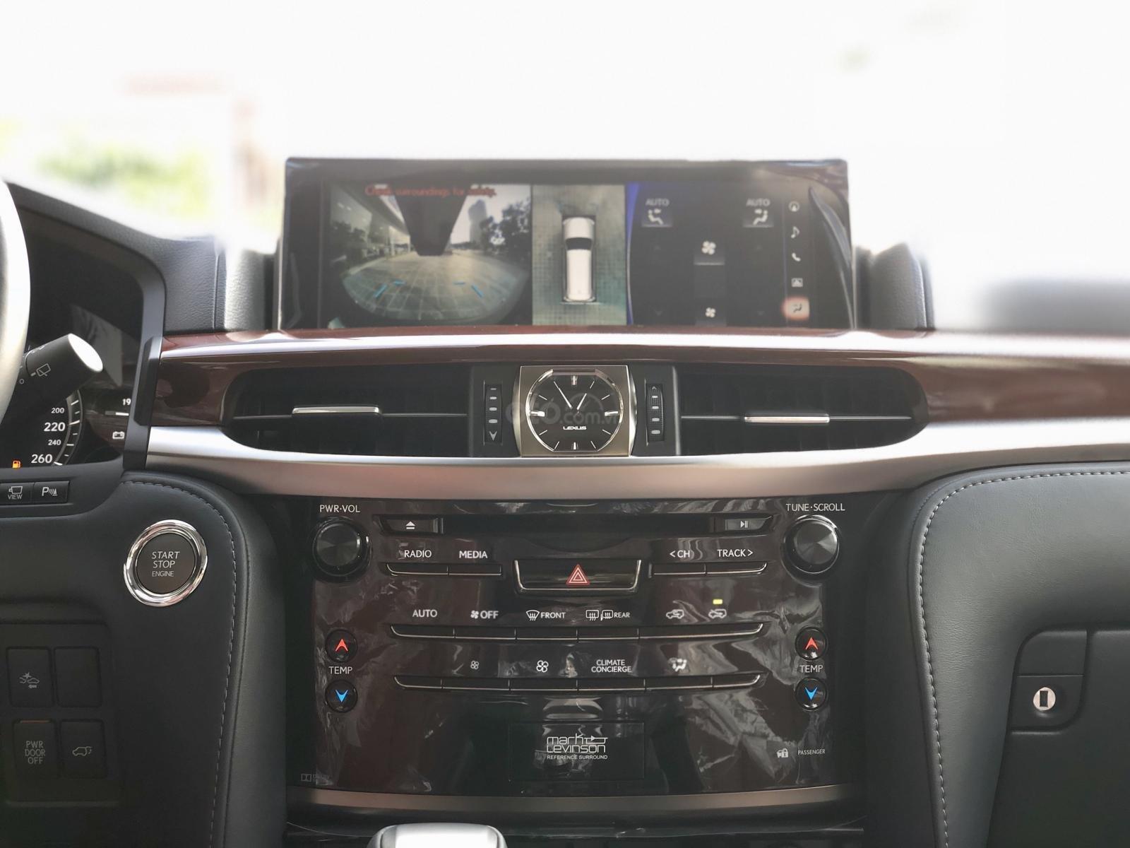 Bán Lexus LX 570S Super Sport model 2020, xe mới giao ngay toàn quốc, giá tốt LH: 093.996.2368 Ms Ngọc Vy (22)