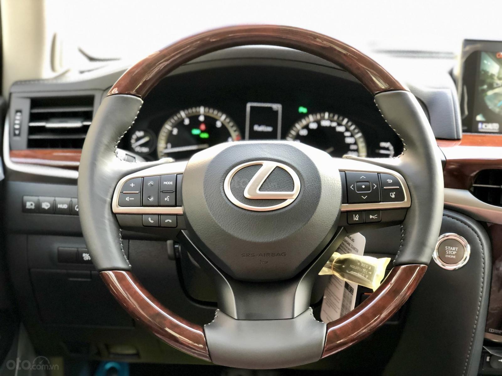 Bán Lexus LX 570S Super Sport model 2020, xe mới giao ngay toàn quốc, giá tốt LH: 093.996.2368 Ms Ngọc Vy (23)