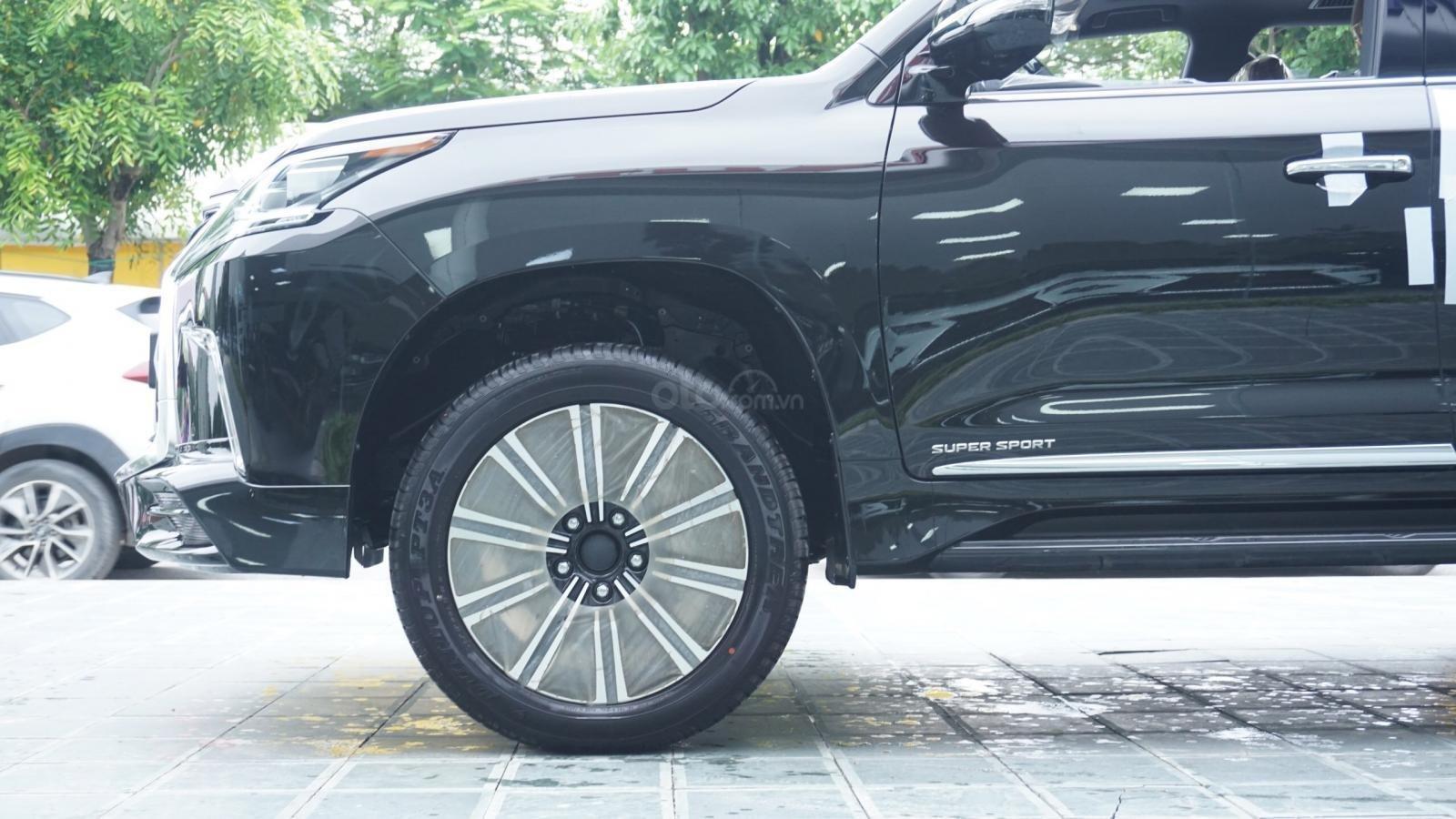 Cần bán xe Lexus LX570 Super Sport 2019 nhập Trung Đông, ngân hàng hỗ trợ 80%, LH Em Lộc: 093.798.2266 (6)