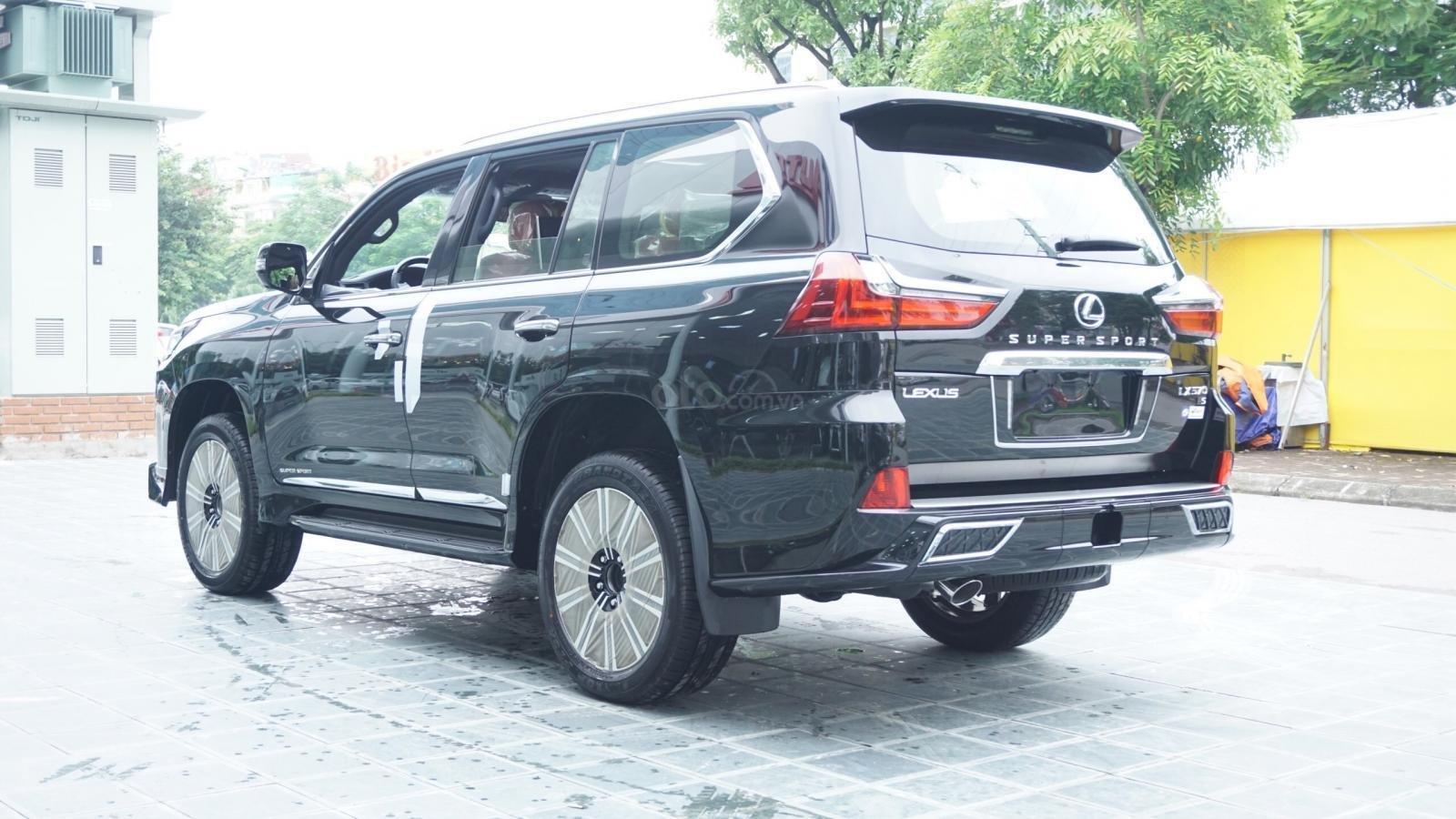 Cần bán xe Lexus LX570 Super Sport 2019 nhập Trung Đông, ngân hàng hỗ trợ 80%, LH Em Lộc: 093.798.2266 (5)
