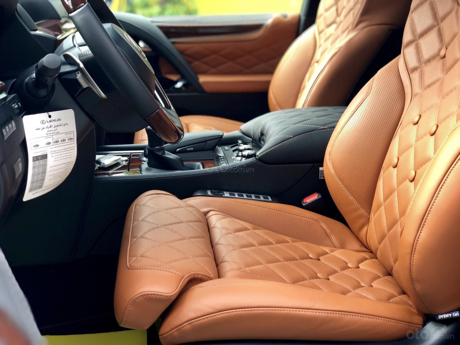 Cần bán Lexus LX 570 MBS Super Sport SX 2019, màu vàng, xe nhập Dubai. Call em Lộc: 093.798.2266 (19)