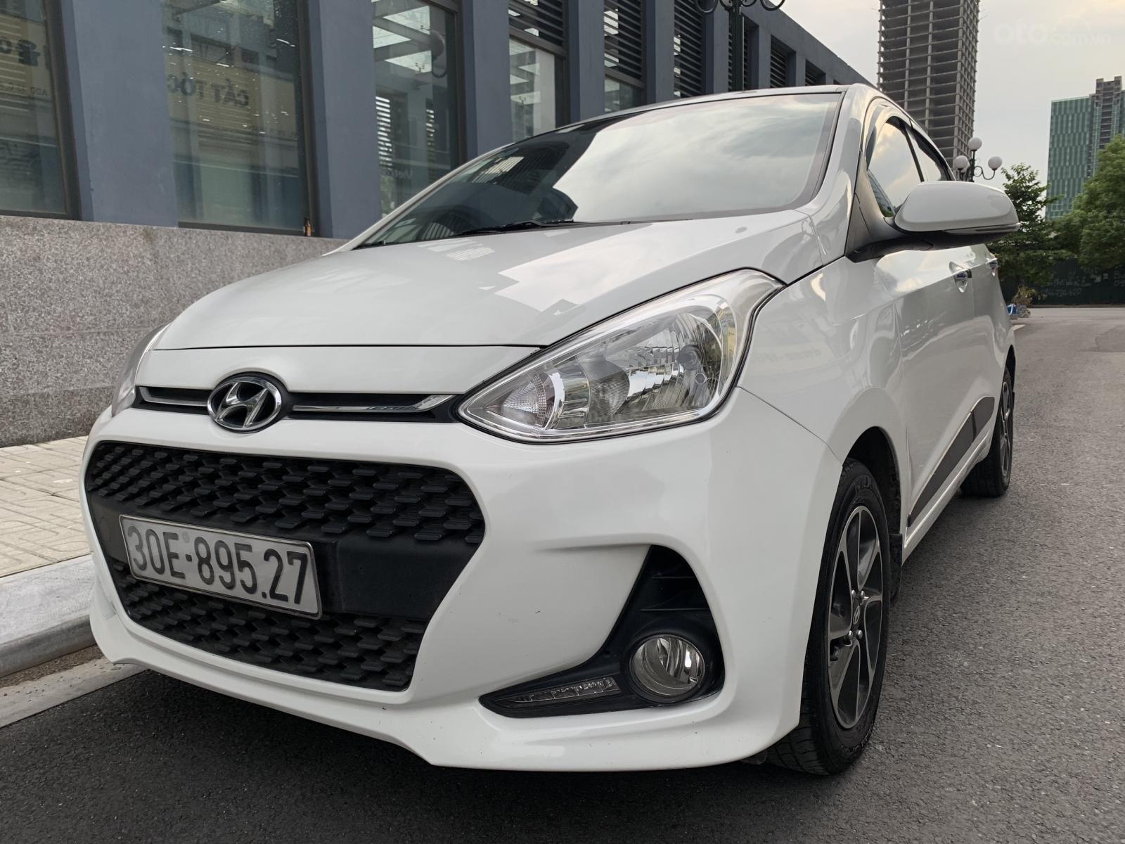 Cần bán xe Hyundai Grand i10 1.2AT Hatchback sản xuất 2017, màu trắng, nhập khẩu nguyên chiếc, 390tr (1)
