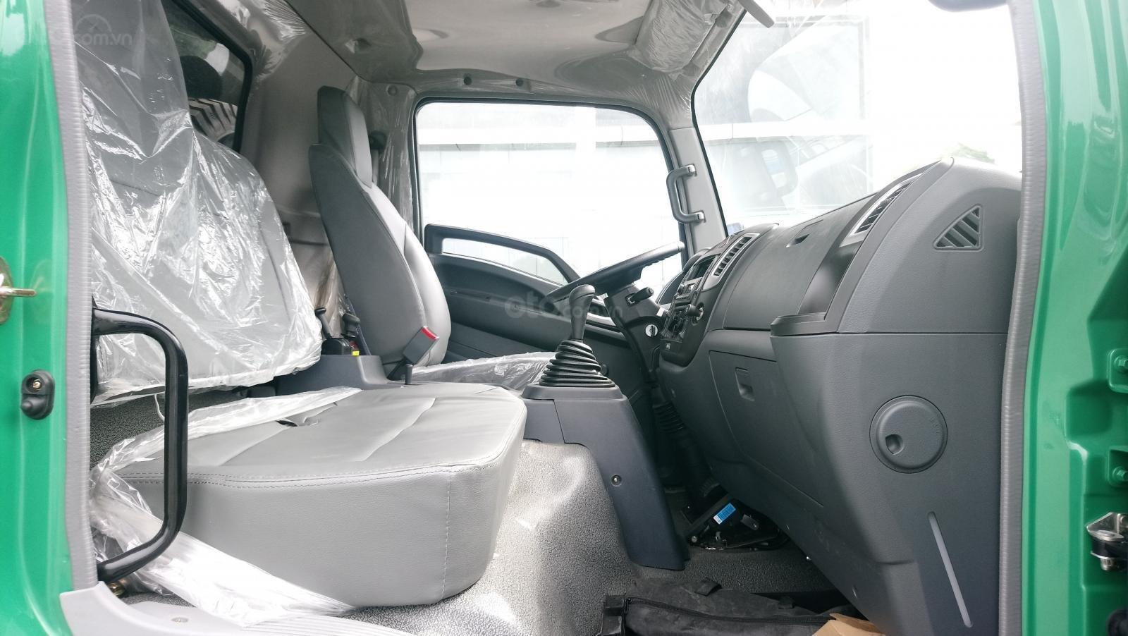 Giá siêu tốt xe ben Howo 6t5, thùng 5.2 khối (10)
