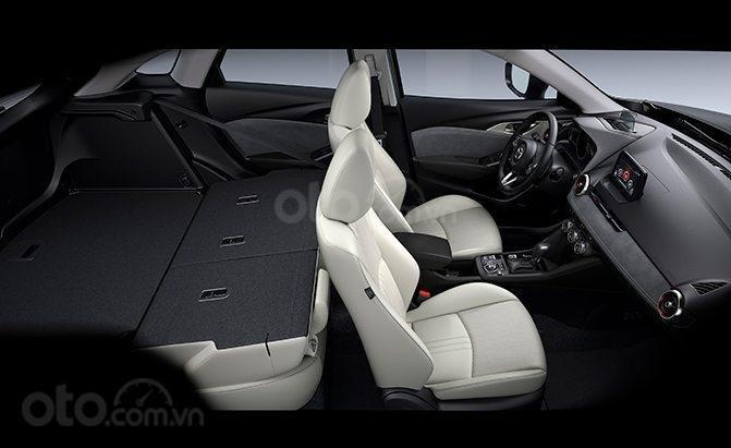 So sánh Mazda CX-3 và CX-5: Mazda CX-3 khá khiêm tốn về mặt chuyên chở hành lý