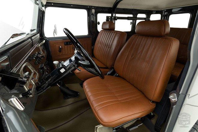 Sau quá trình phục chế, Toyota Land Cruiser nâng giá ngang siêu xe a5