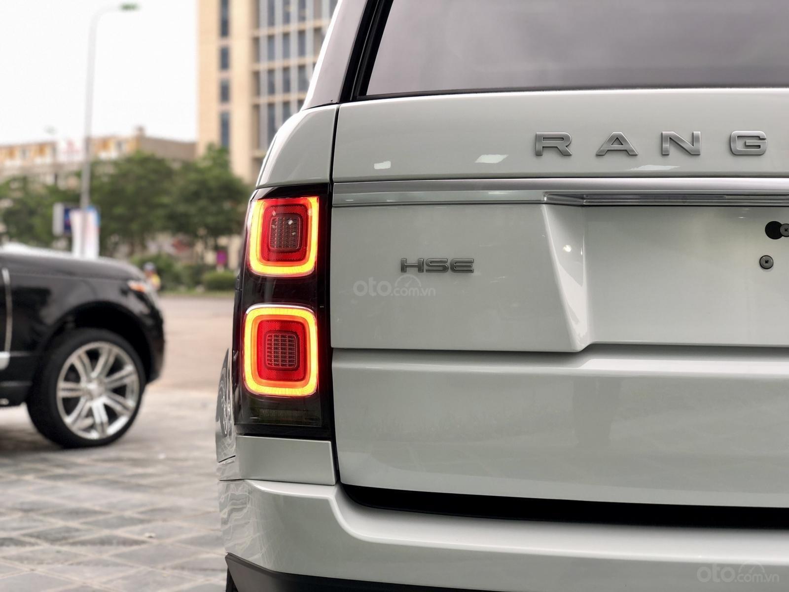 Bán LandRover Range Rover HSE 3.0 năm 2018, màu trắng, nhập khẩu, hỗ trợ ngân hàng 6 tỷ, call: 0914.868.198 (9)