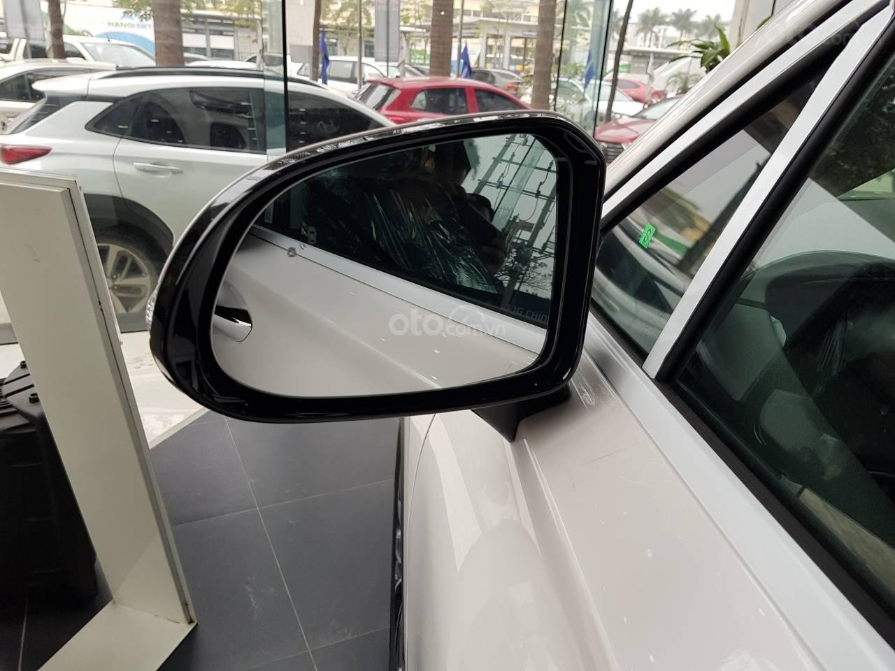 Mẫu Santa Fe 2019 mới nhất - Hyundai Hà Đông. Chỉ với 200tr là lấy xe hỗ trợ trả góp 90%, liên hệ: 0901078111 (8)