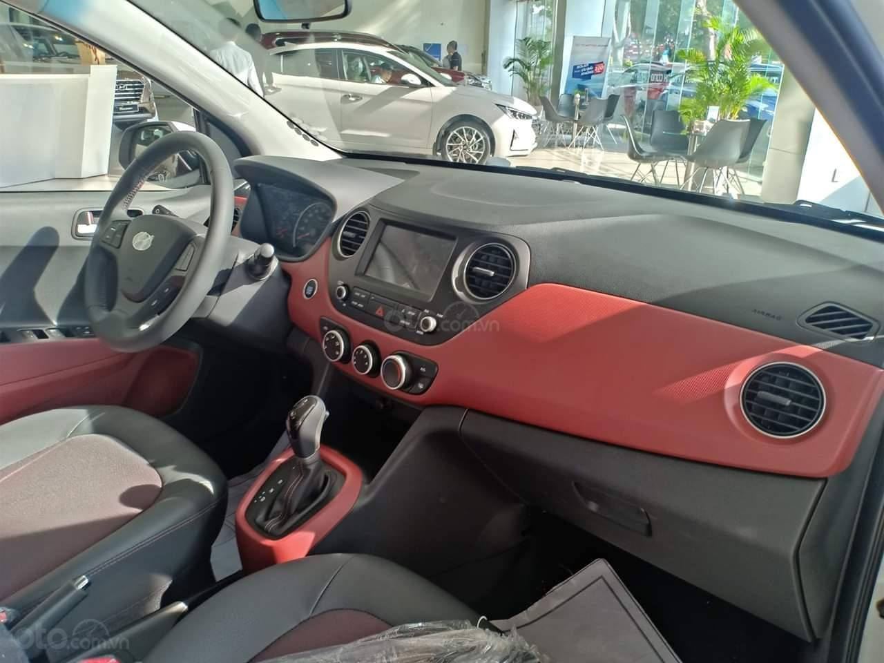 Hyundai Grand i10 giá tốt, nhiều khuyến mãi, quà tặng, hỗ trợ ngân hàng 80% giá xe (5)