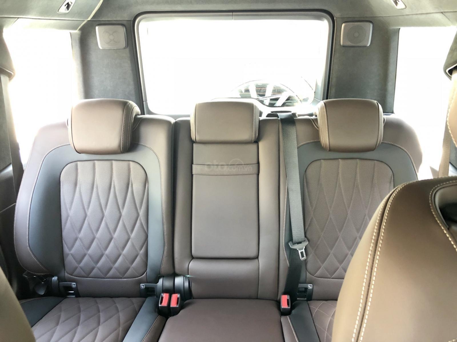 Bán xe Mercedes G63 AMG  2019, giá tốt, giao ngay toàn quốc. LH: 093.996.2368 Ms Ngọc Vy (15)