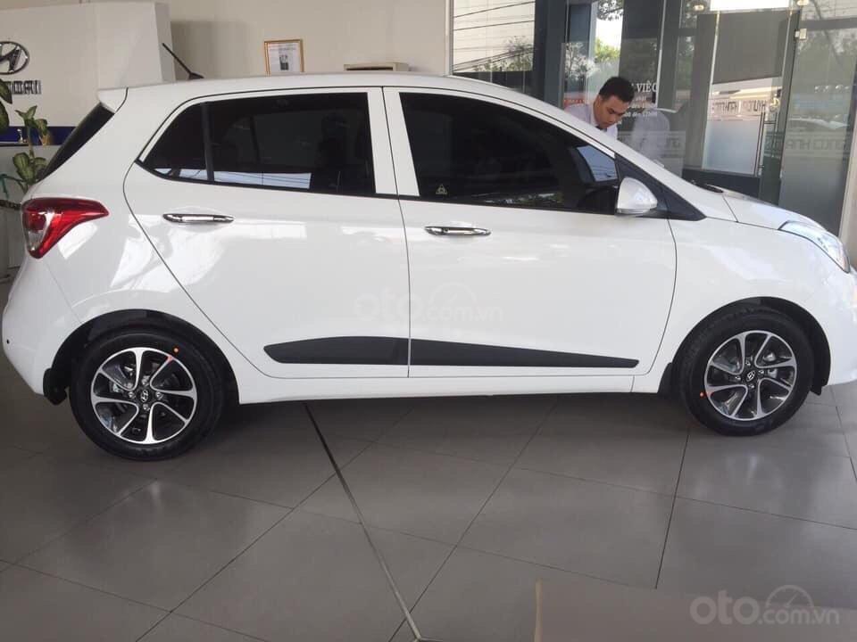 Bán Hyundai Grand I10, Sedan-hatchback, giá cực tốt (2)