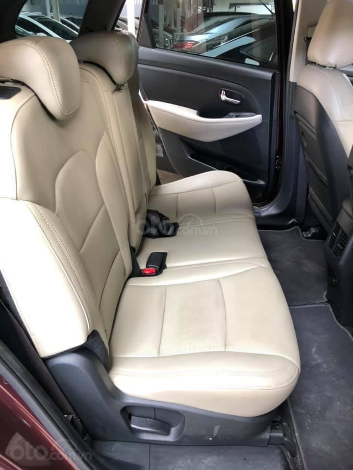 Bán ô tô Kia Rondo đời 2018, màu đỏ mận, số sàn, máy xăng, biển SG (10)
