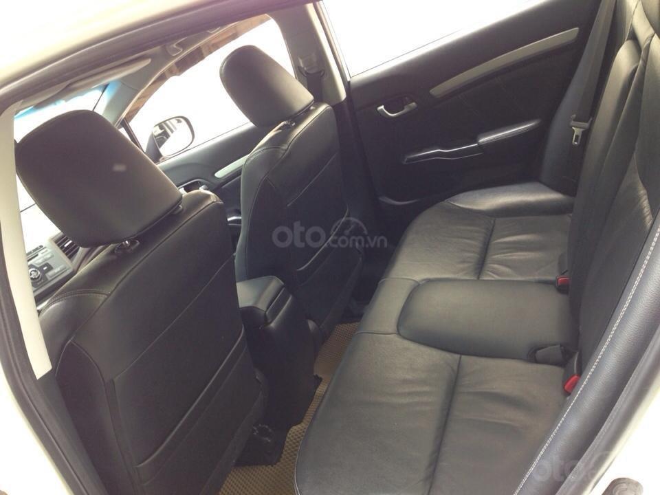 Bán Honda Civic 2.0 tự động 2012, màu trắng cực kỳ trẻ trung (13)