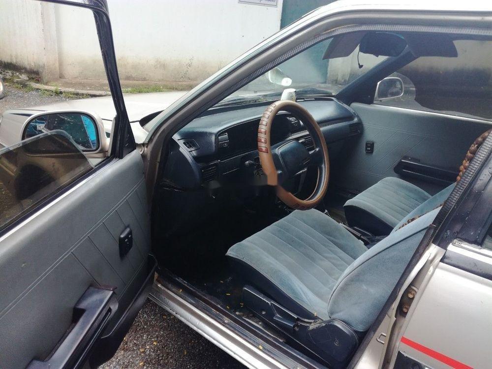 Bán xe Toyota Corona đời 1983, màu bạc, nhập khẩu, giá 53tr (4)