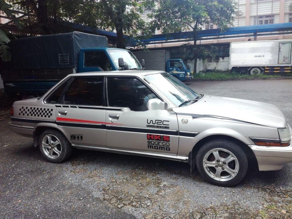 Bán xe Toyota Corona đời 1983, màu bạc, nhập khẩu, giá 53tr (1)