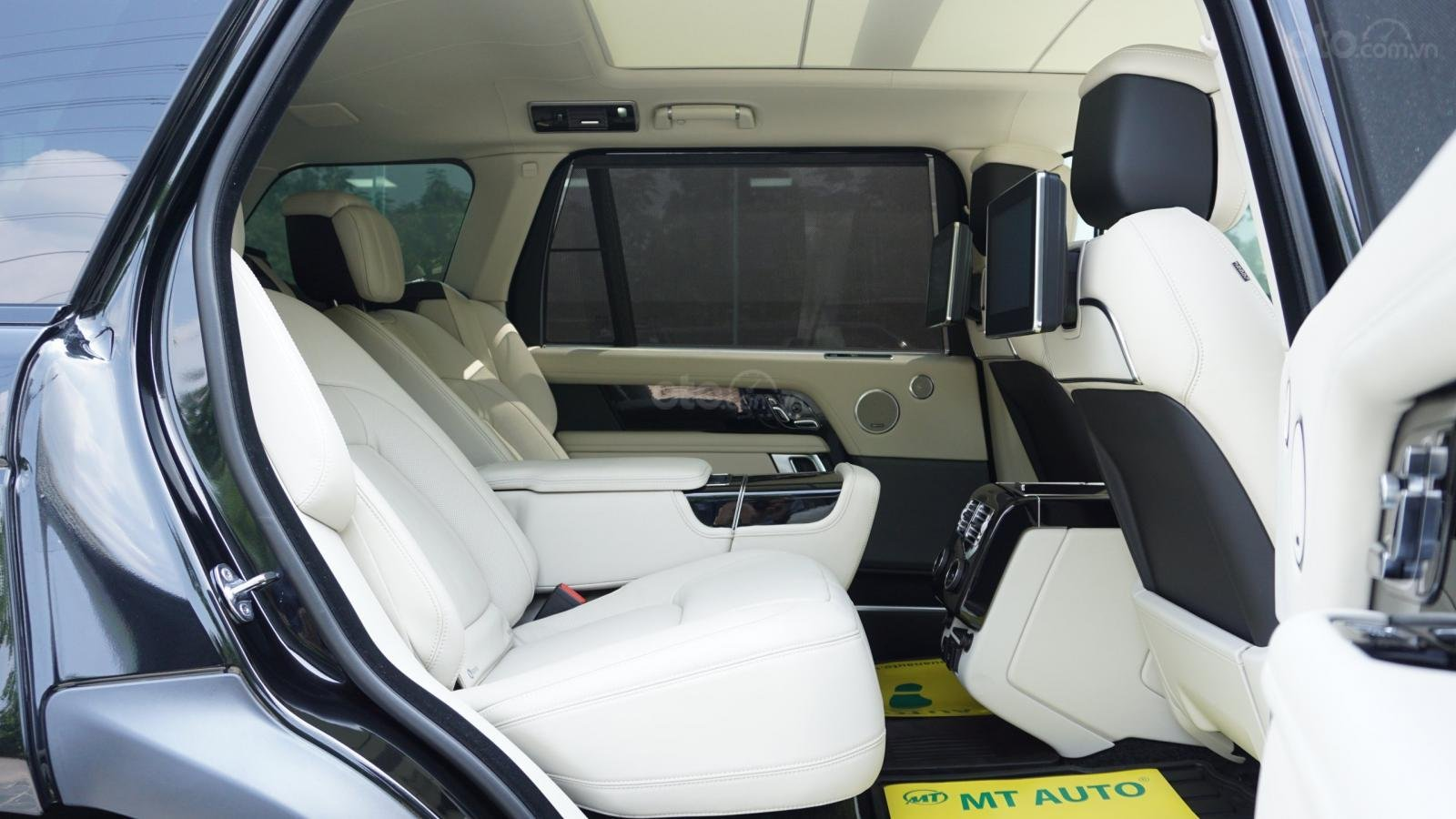 Range Rover Autobiography LWB 2020, Hồ Chí Minh, giá tốt giao xe ngay toàn quốc, LH trực tiếp 0844.177.222 (13)