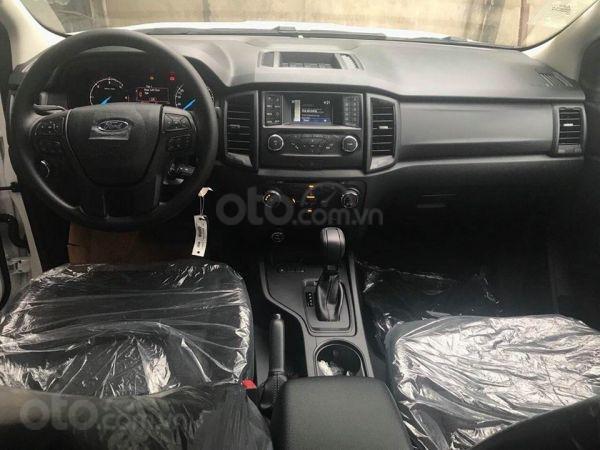 Giá xe Ford Ranger XLS tại Nghệ An, đủ màu giao ngay, giảm tiền mặt 20Tr. LH 0969532205 (2)