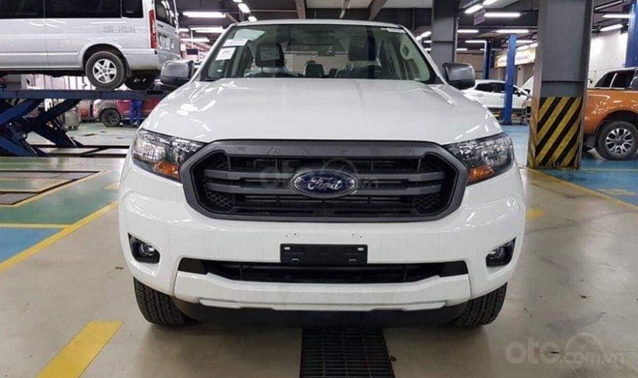 Giá xe Ford Ranger XLS tại Nghệ An, đủ màu giao ngay, giảm tiền mặt 20Tr. LH 0969532205 (1)