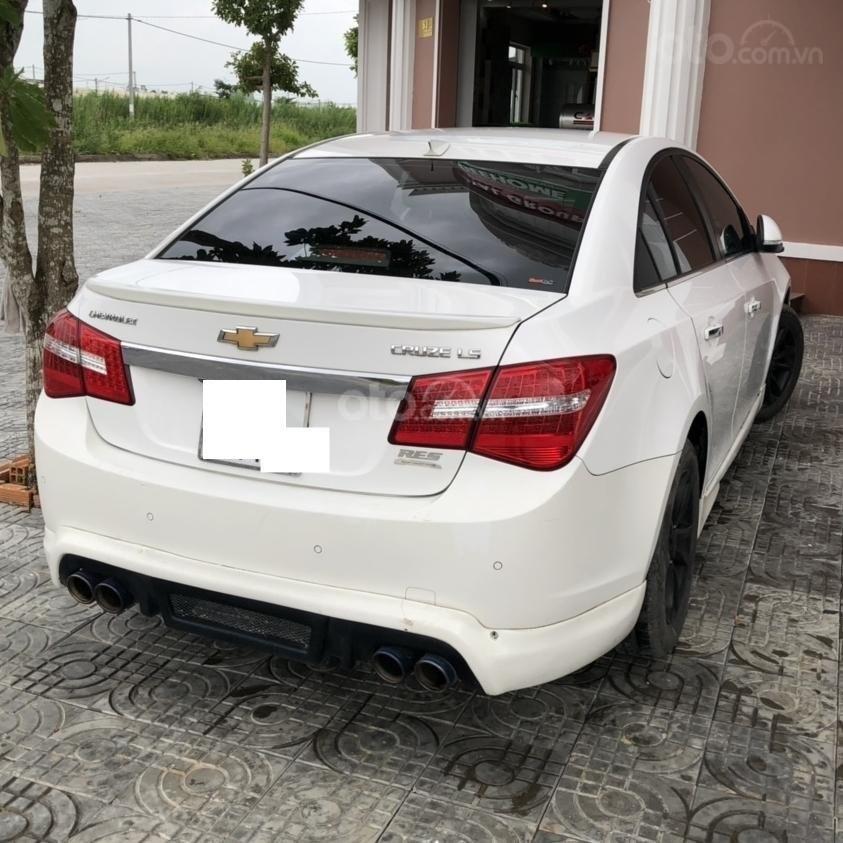 Bán ô tô Chevrolet Cruze đời 2015, màu trắng, số sàn 1.6LS (3)