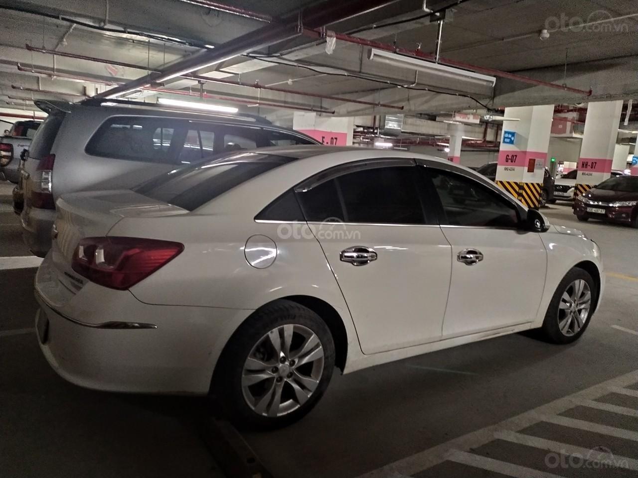Bán xe Chevrolet Cruze 1.8, trắng, chính chủ, có lộc (3)