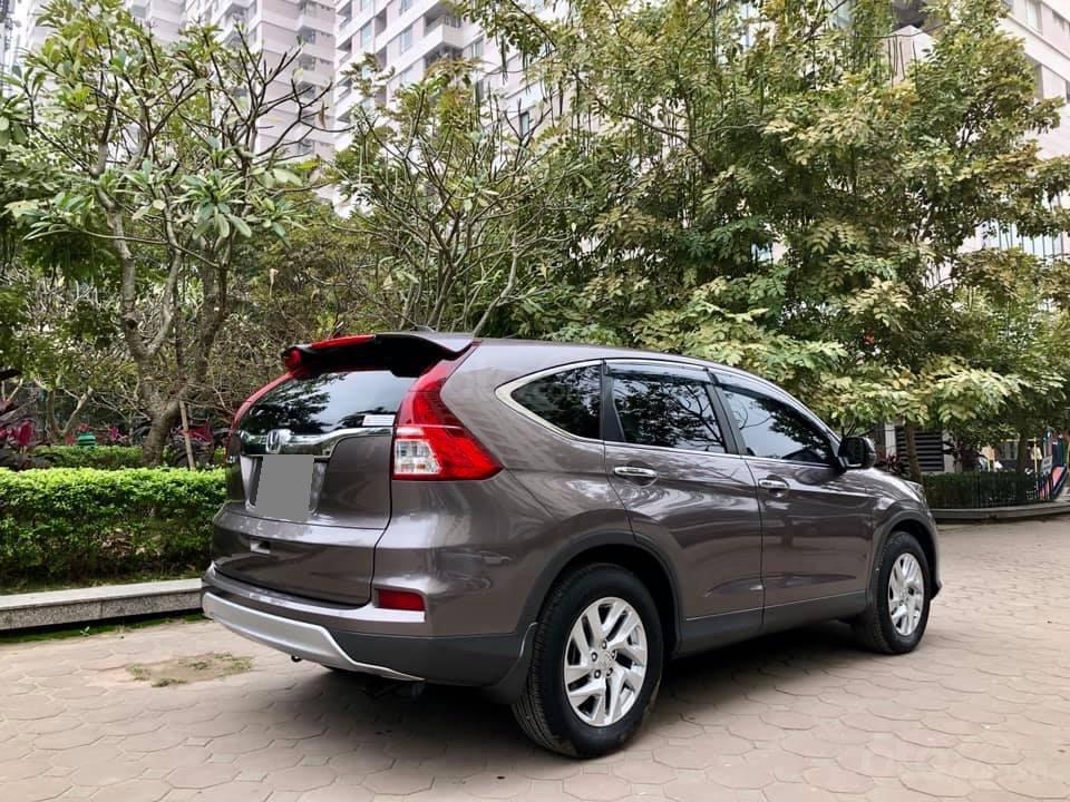 Cần bán Honda CRV 2017 bản 2.0 xám, xe zin như mới (10)