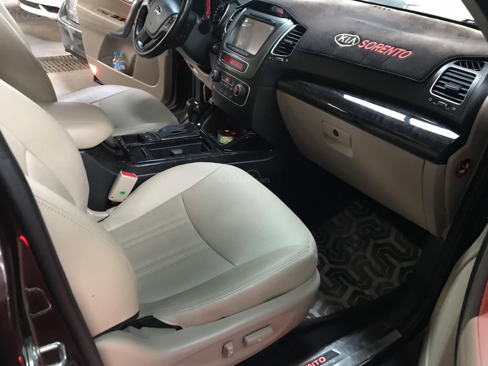Bán Kia New Sorento GATH 2.4AT màu đỏ mận số tự động sản xuất 2017 xe đẹp (11)