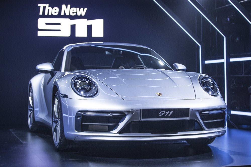 Porsche 911 thế hệ mới vừa ra mắt Việt Nam.