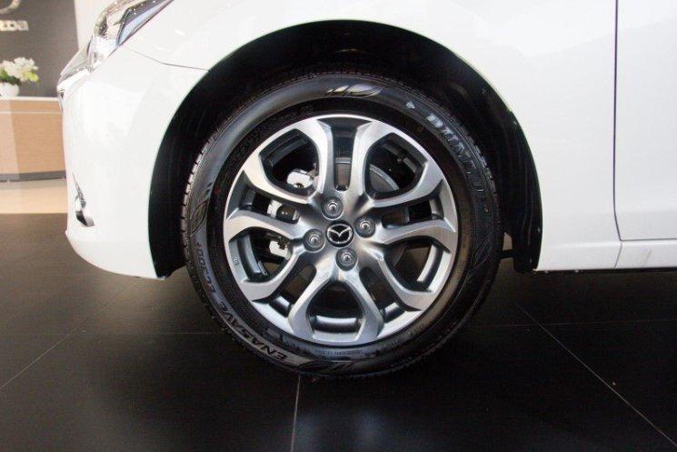 So sánh xe Kia Soluto 2019 và Mazda 2 2019 về thiết kế thân xe - Ảnh 3.