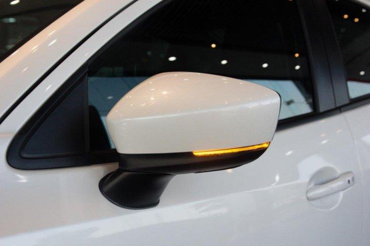 So sánh xe Kia Soluto 2019 và Mazda 2 2019 về thiết kế thân xe - Ảnh 5.