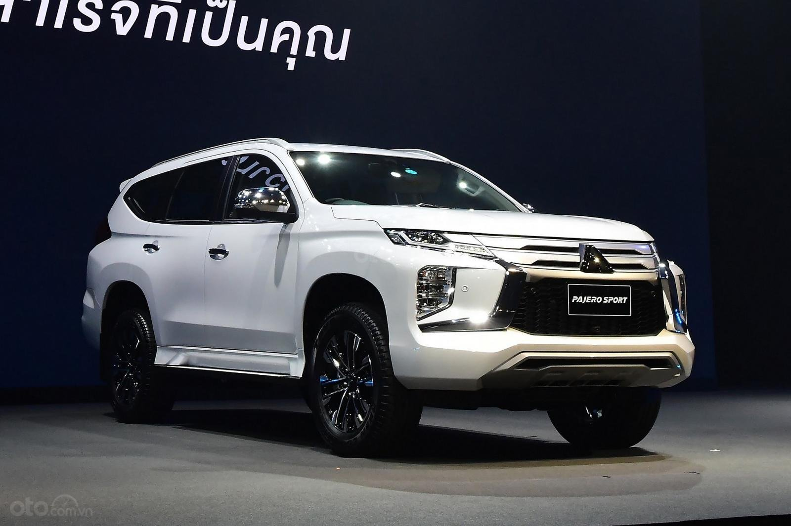 Mitsubishi Pajero Sport 2020 không có dẫn động 4 bánh