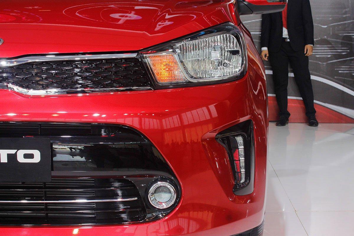 So sánh xe Kia Soluto 2019 với Honda City 2019 a6
