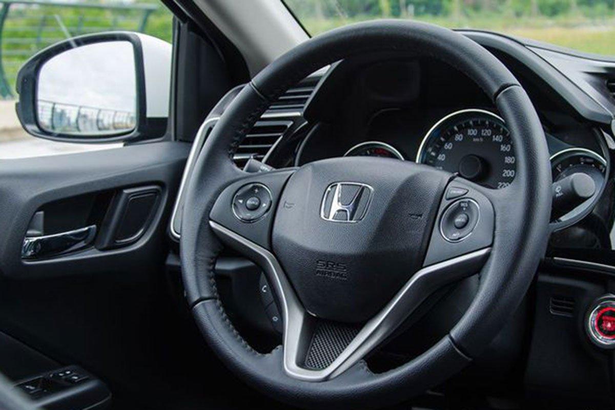 So sánh xe Kia Soluto 2019 với Honda City 2019 a25