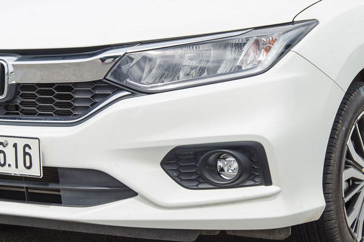 So sánh xe Kia Soluto 2019 với Honda City 2019 a5