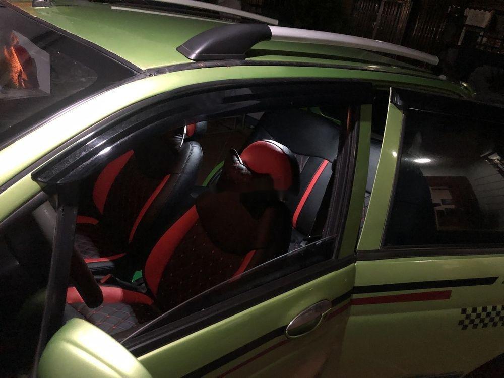 Cần bán Daewoo Matiz 2002 giá cạnh tranh (2)