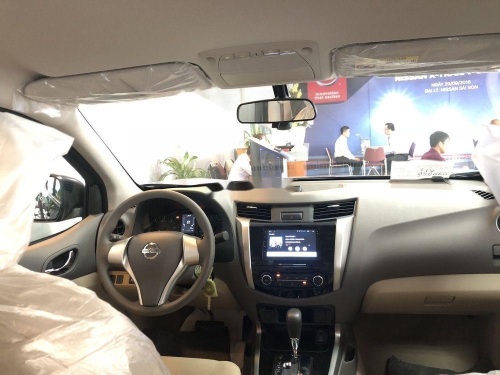 Bán xe Nissan Navara sản xuất 2019, giá tốt (5)