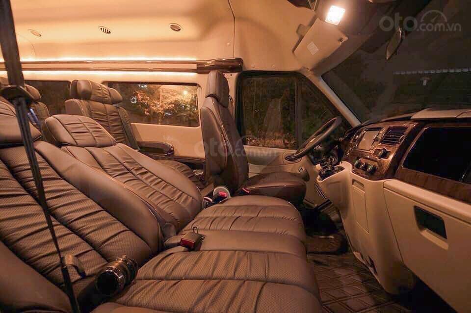 Bán Ford Transit Limousine, khuyến mãi khủng trong tháng, xe có sẵn giao ngay, hỗ trợ vay ngân hàng 80% (5)