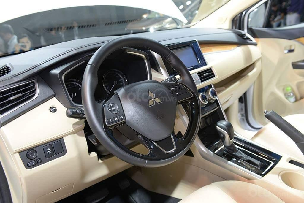 Mitsubishi Xpander AT màu trắng, nhập khẩu nguyên chiếc giao xe sớm đủ màu (5)