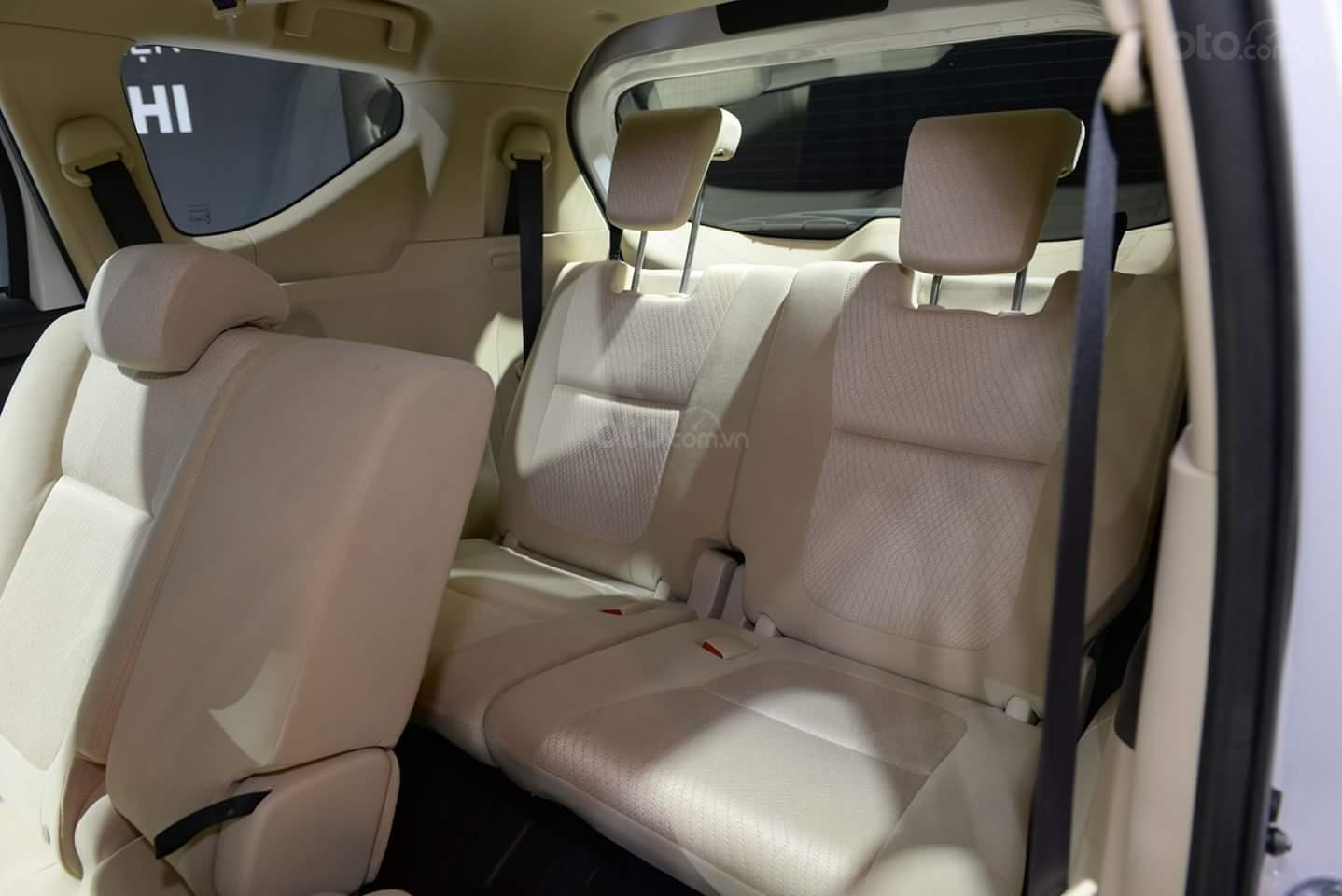 Mitsubishi Xpander AT màu trắng, nhập khẩu nguyên chiếc giao xe sớm đủ màu (9)