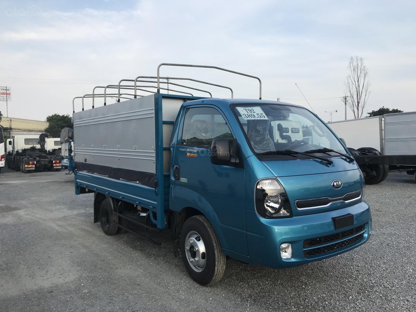 Bán xe tải Kia K250 tải trọng 2,5- trả góp 80% (6)