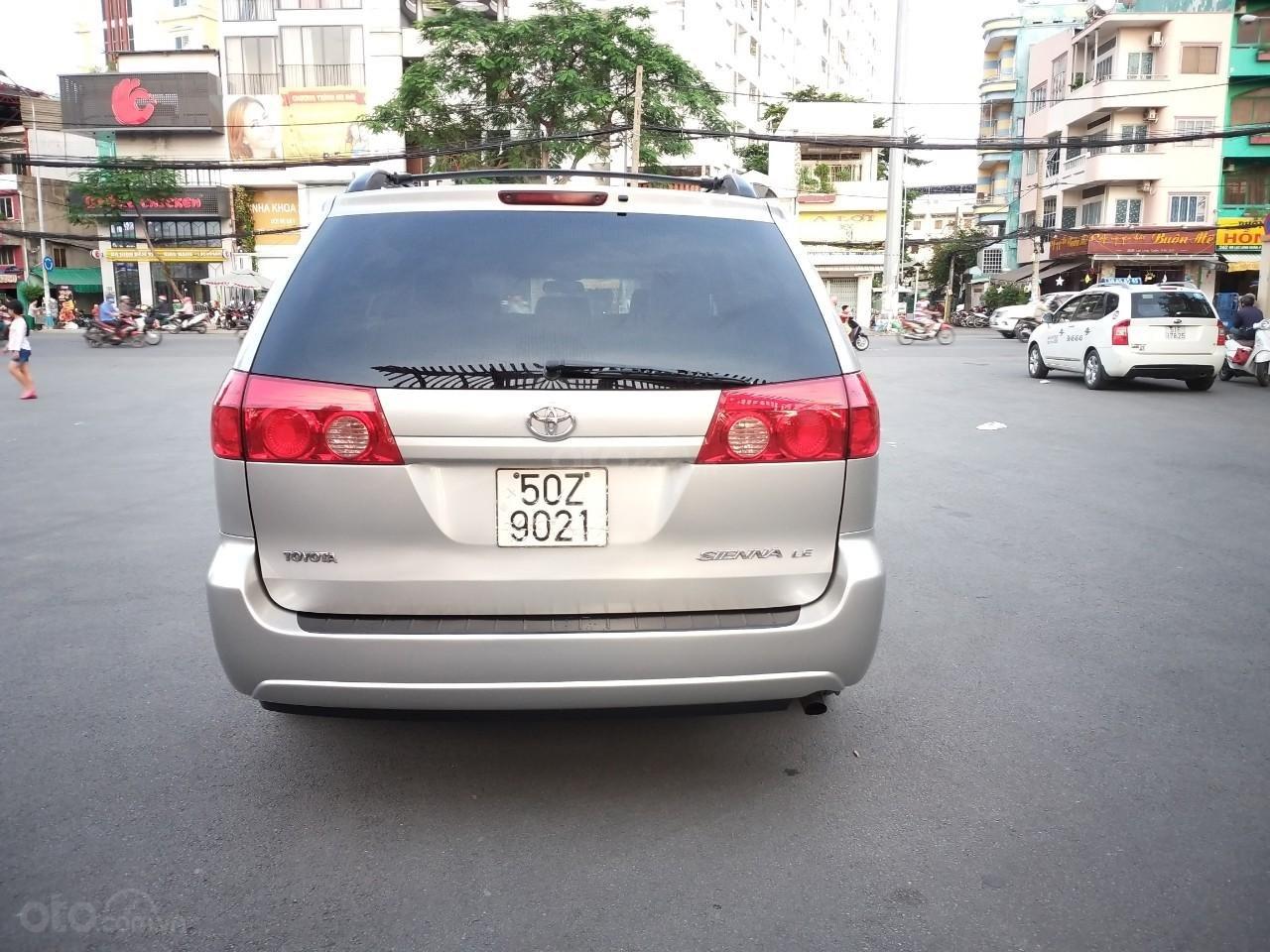 Toyota Sienna LE model 2008, xe nhà ít chạy còn mới toanh, màu siêu đẹp, toàn bộ còn zin theo xe (4)