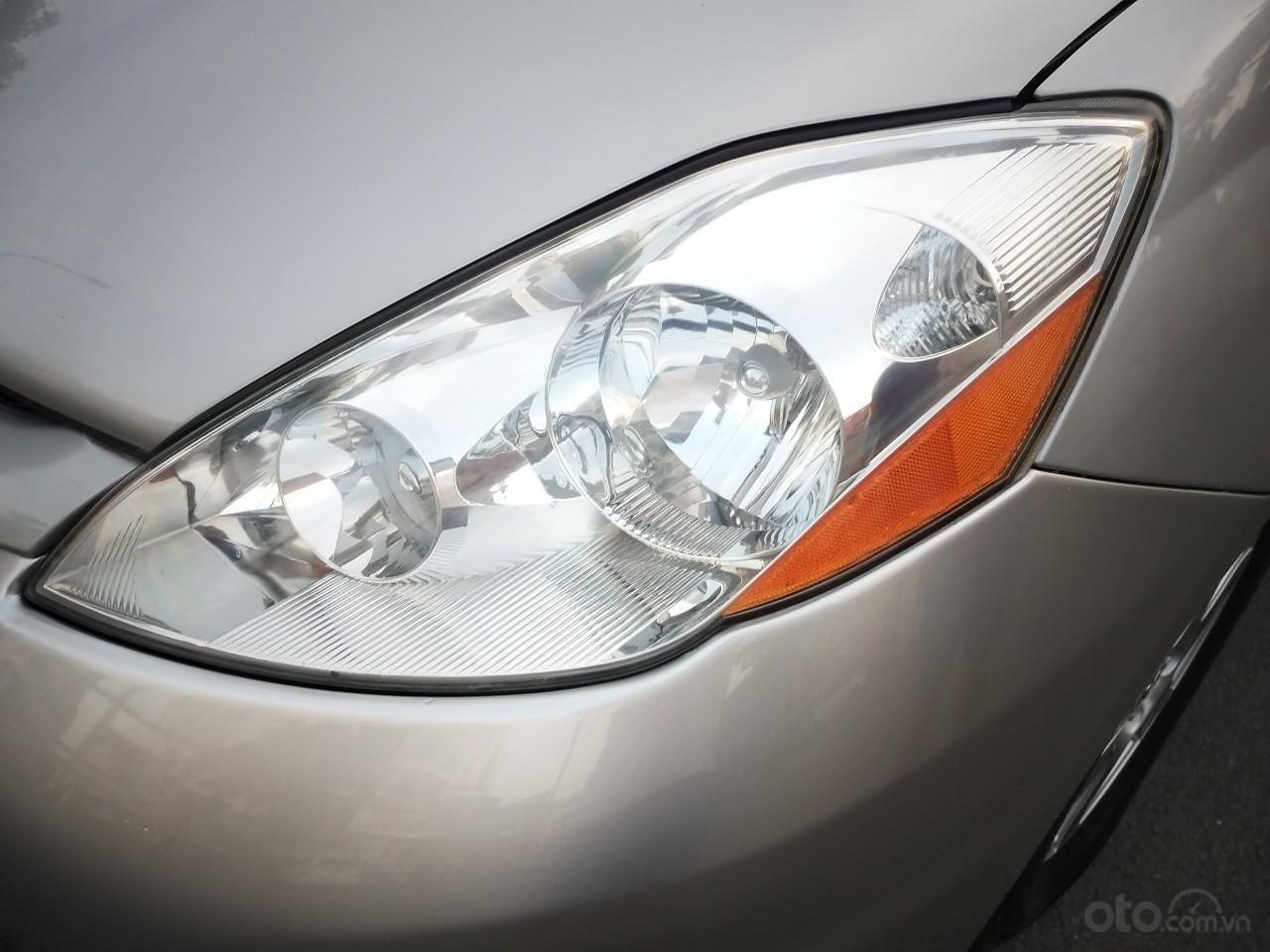 Toyota Sienna LE model 2008, xe nhà ít chạy còn mới toanh, màu siêu đẹp, toàn bộ còn zin theo xe (8)
