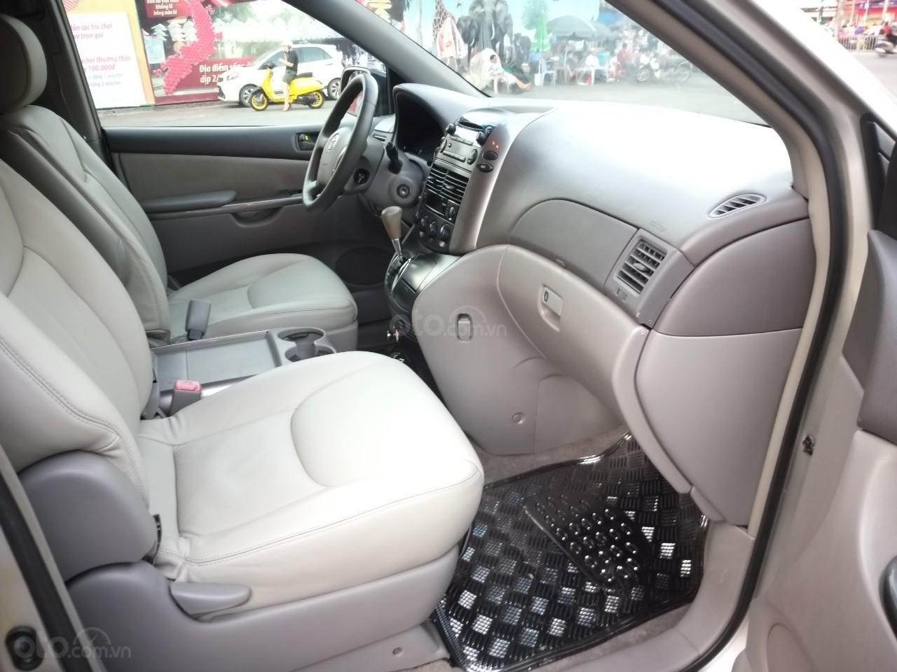 Toyota Sienna LE model 2008, xe nhà ít chạy còn rất mới, mới không đối thủ, toàn bộ còn zin theo xe (9)