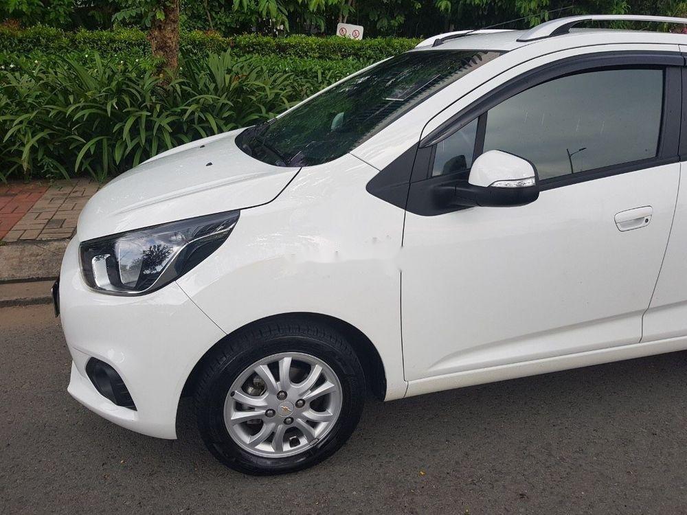 Cần bán Chevrolet Spark 2018, màu trắng, giá cạnh tranh (3)