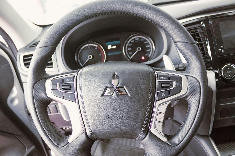 Bán ô tô Mitsubishi Triton năm sản xuất 2019,nhiều ưu đãi (8)