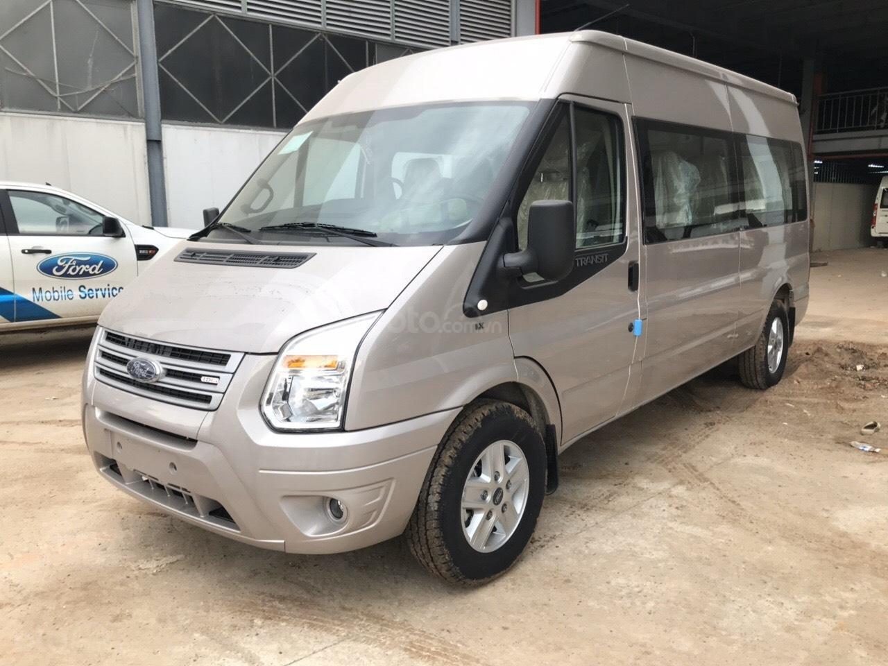 Bán Ford Transit 2019 giá tốt chỉ từ 705 triệu có xe giao ngay, hỗ trợ lãi suất tốt, LH 0908812444 để nhận ngay ưu đãi (7)