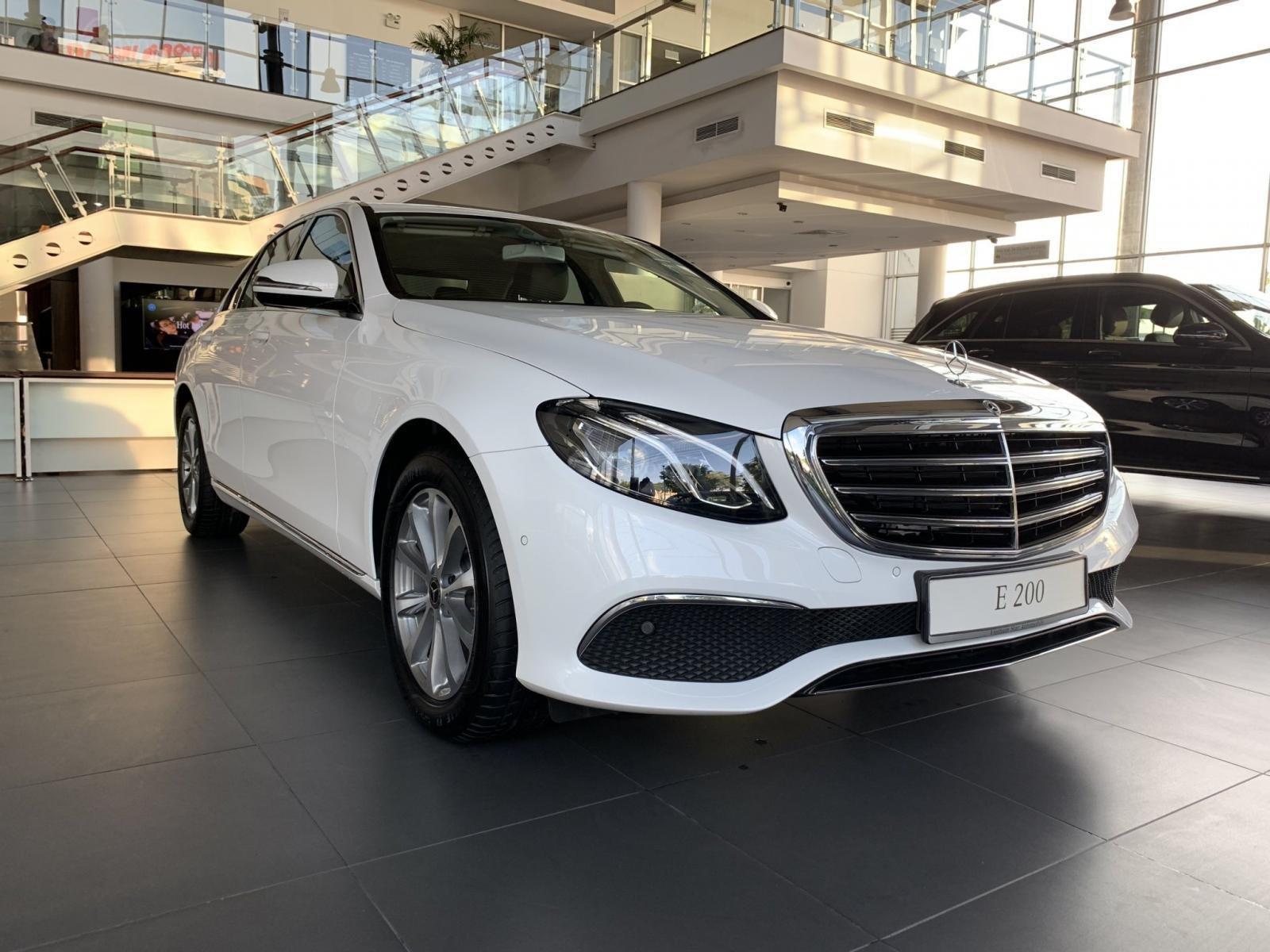 Mercedes E200 2019 All New, ưu đãi cực sốc trong tháng 12 (5)